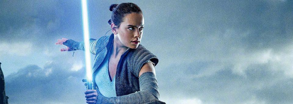 """Review – Star Wars: The Last Jedi -""""At times it felt like fan-fiction"""""""