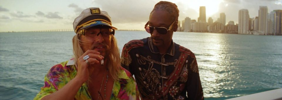 """Review: The Beach Bum – """"A sun-soaked miracle"""""""