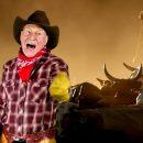 Patrick Stewart sings Country and Western