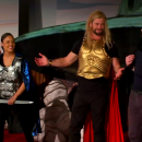 Watch the Thor cast in Thor: Ragnarok 4D